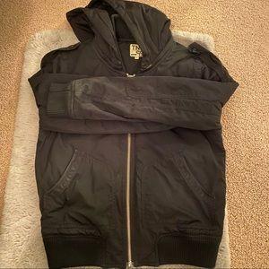 Aritzia puffy jacket